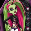 Monster High: First Day of School Dress Up Game